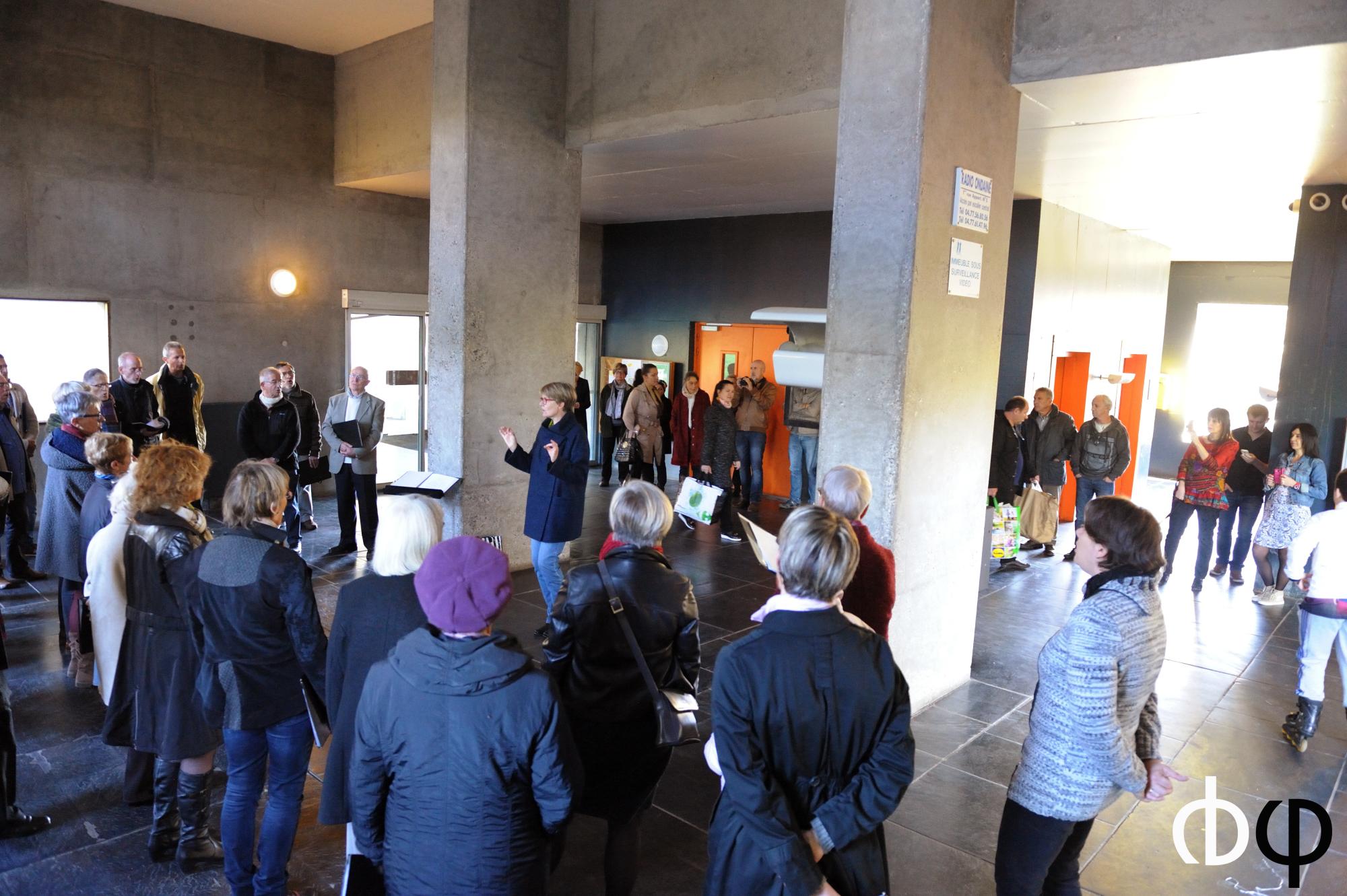 29 octobre dans le hall de l'Unité d'Habitation Le Corbusier